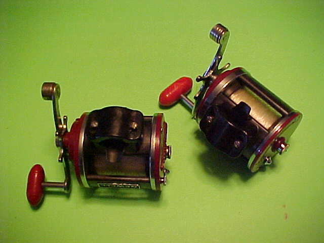 PAIR OF CUSTOM BUILT PENN JIGMASTER 500 REELS WITH NEWELL PARTS, PRE-OWNED
