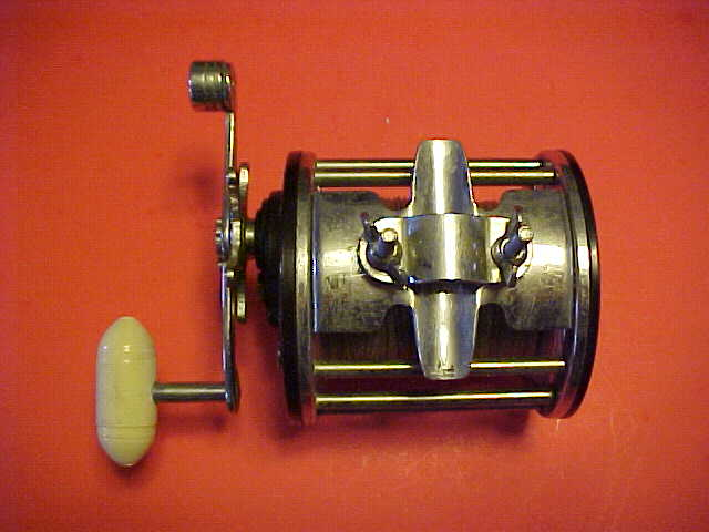 VINTAGE PENN LONG BEACH 68 FISHING REEL WITH BOX,CATALOG,WRENCH AND REEL  GREASE, PRE-OWNED